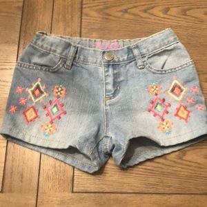 Childrens place shortie jean shorts Sz 6 euc soft